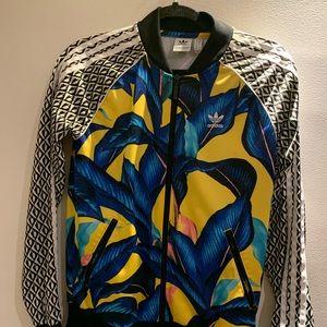 Adidas track jacket 🦋🌞